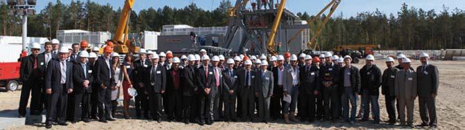 Il team di Drillmec all'inaugurazione dell'impianto a Belarus